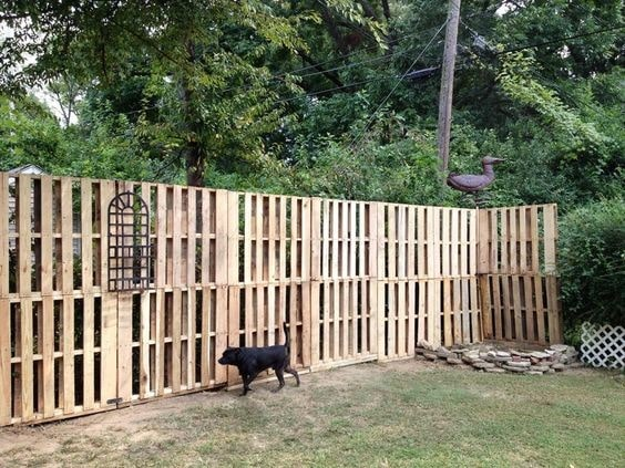 7 Environment Friendly Upcycled Garden Fence Ideas to DIY 2
