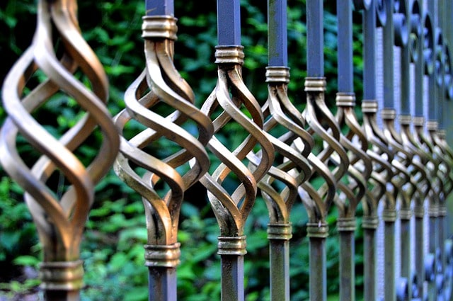 50 Amazing Garden Gates Ideas to Try Today {various materials and design} 7