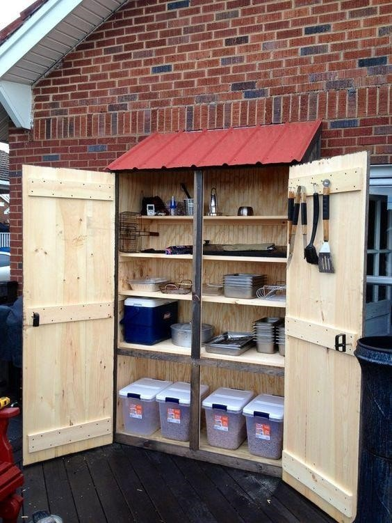 Deck Box Ideas for Patio & Outdoor Storage 2